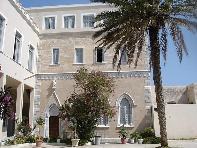 ADELFES_TOY_ELEOYS_SYROS