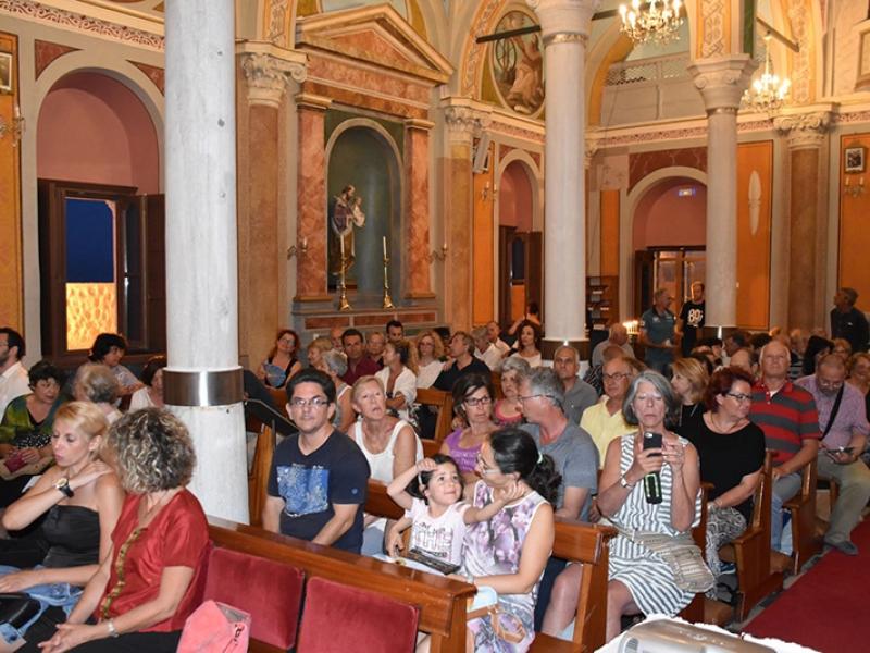 BRASS-IN-CHURCH-(1)